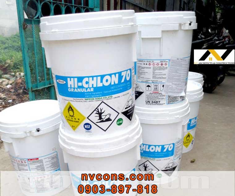 Hóa chất chlorine xử lý nguồn nước hồ bơi